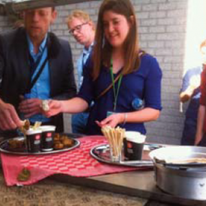 DSM employees and TU Delft students enjoyed seaweed bites, after interesting discussions on the use of biotechnology to replace meat.