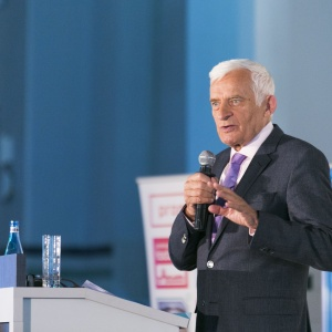 The Congress created a friendly atmosphere around the innovative, effective and competitive approach of the bioeconomy and included Chair of the European Parliament's Conference of the Committee Chairs and ITRE Committee, as well as former Prime Minister of Poland, Dr Jerzy Buzek.